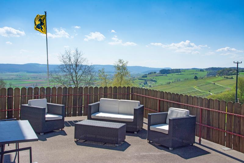 Berghof Hallau Ferienwohnung Terrasse Aussicht