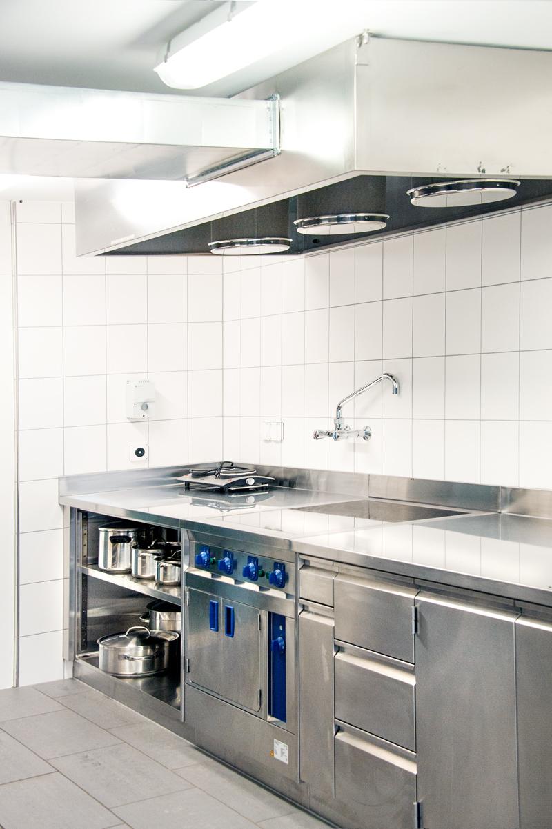 Berghof Hallau Gruppenhaus Küche Herdplatten
