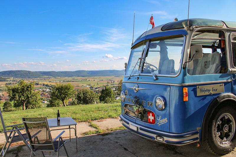 Berghof Hallau Ferienwohnung Terrasse Bus